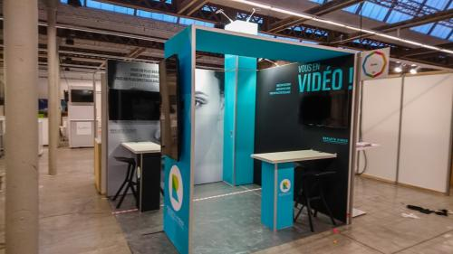 HumanDay Reflets video par HM-Stands - 2